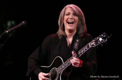 Kathy Mattea 2017-02 at Landmark on Main Street